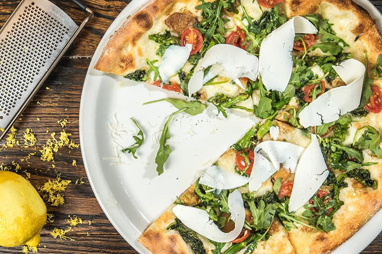 try tasty pizza catering for your next working lunch