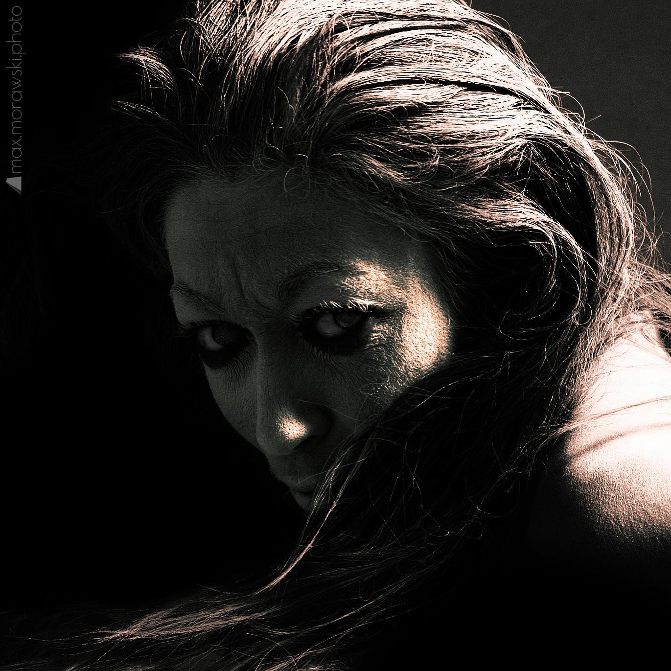 Lady Temptress, Devil's Kin