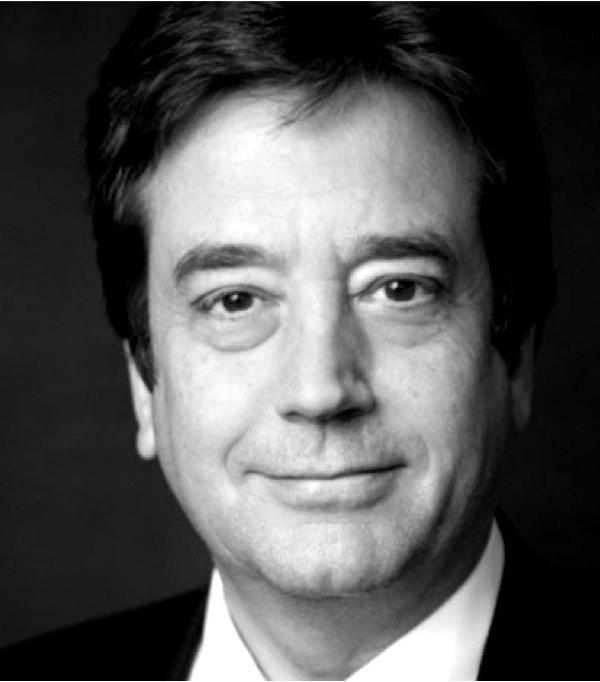 Dr Graeme Martin