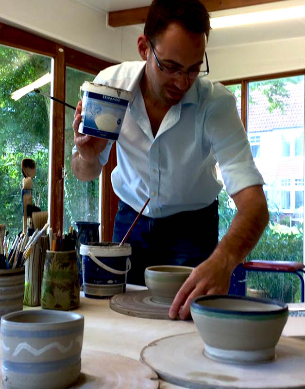 Glazing pots and bowls