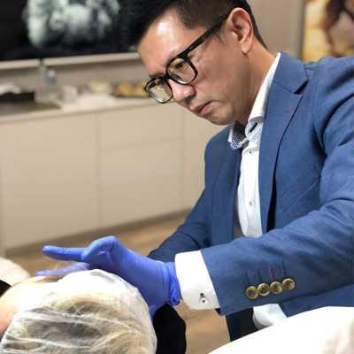 Radiesse®️Hands-on session  where Dr Ivan Puah performed injectables on a patient.