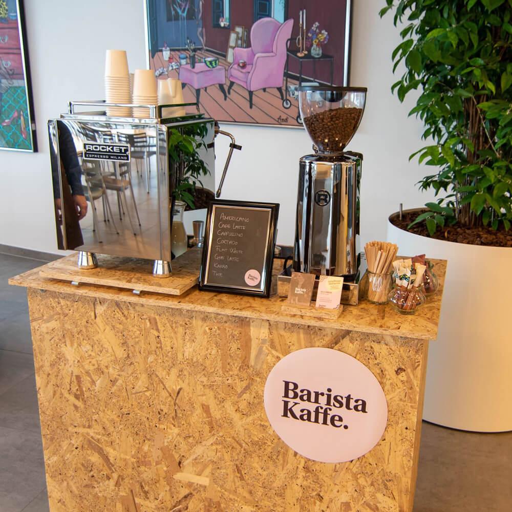 kaffedisk til butiksåbning