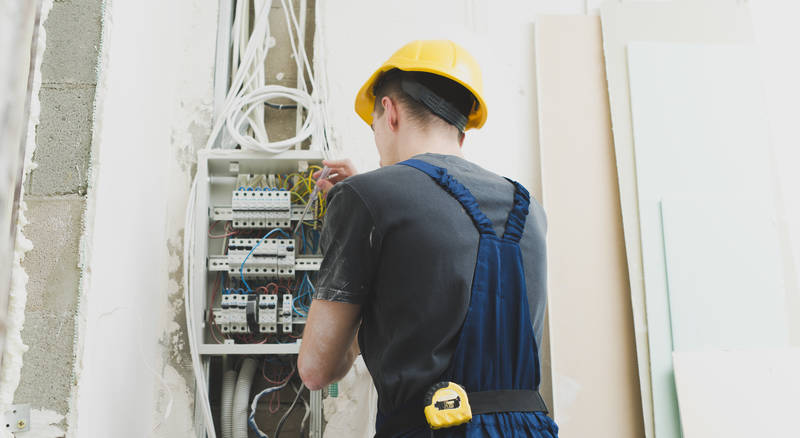 Manufacturing Electrician