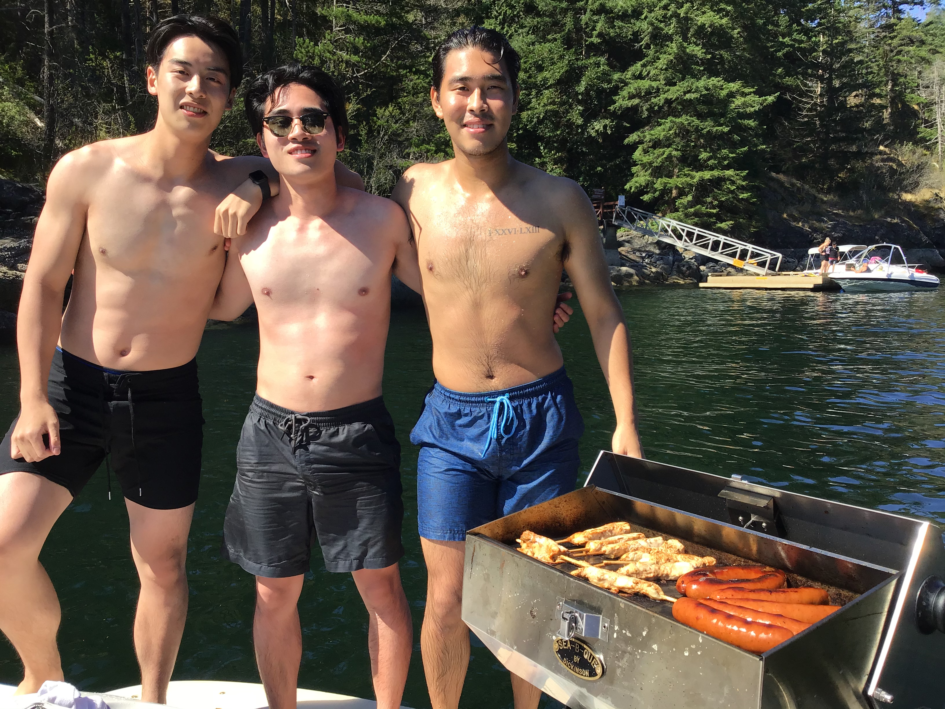 The 4 hour minimum private boat charter with Captain Griff includes a picturesque boat tour of Indian Arm, followed by a bbq while at anchor. Take a swim off the boat while you wait and then enjoy your bbq lunch/dinner surrounded by all of the beauty.