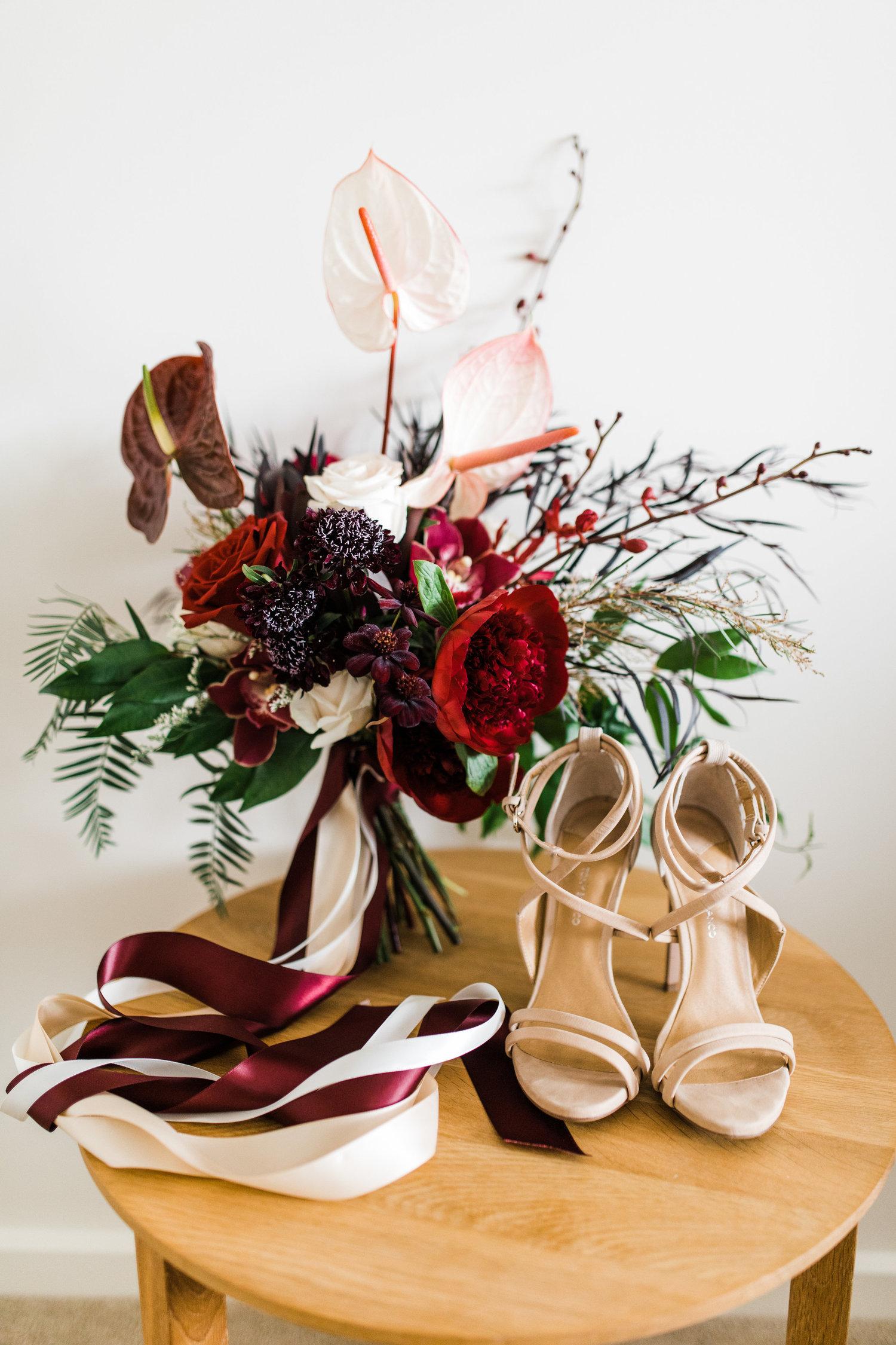 bar m wedding carla steve sydney bouquet