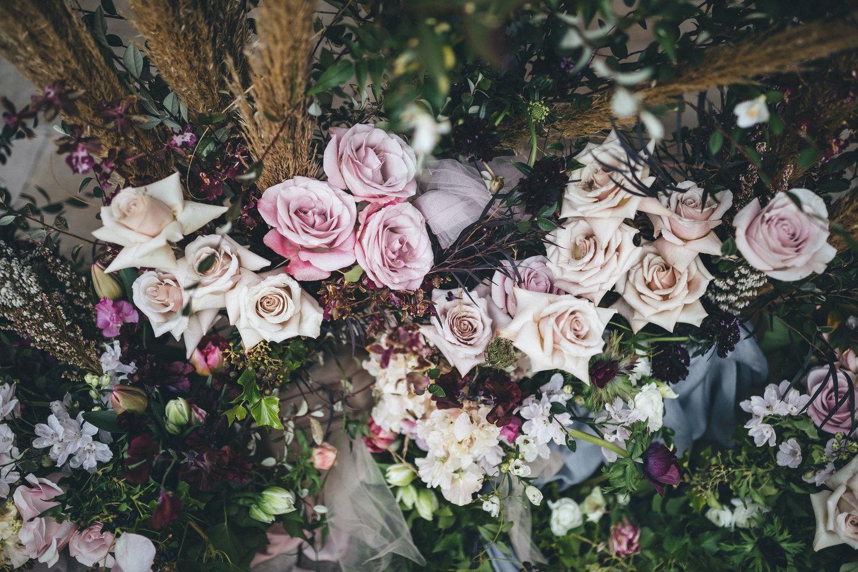 gunners barracks wedding sydney florist ceremony arch
