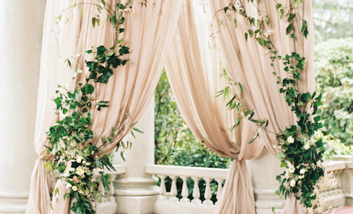 6 Elegant Chuppah Inspirations for Jewish Weddings