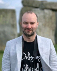 Tomek, Company Director-Garagefarm.NET Render Farm