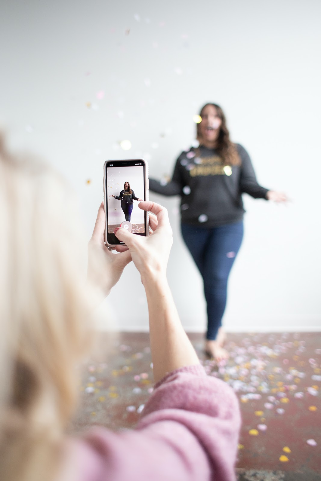 woman creating instagram story make money on instagram
