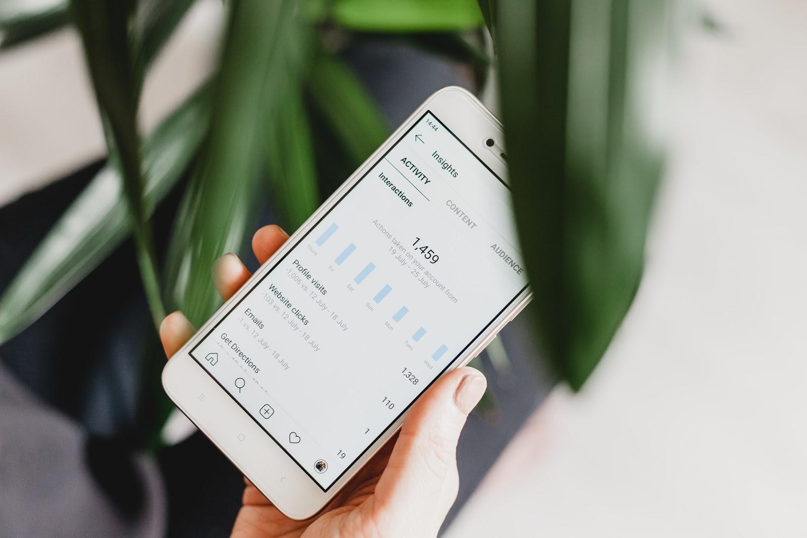 iphone displays instagram insights make money on instagram
