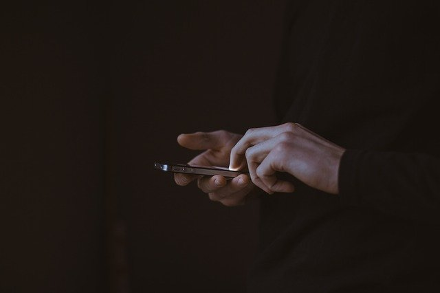 Angry texts can cause you to lose custody, Losing Custody due to angry texts, protective orders, civil protective orders, consequences of civil protective orders, what is a civil protective order, losing custody due to a civil protective order
