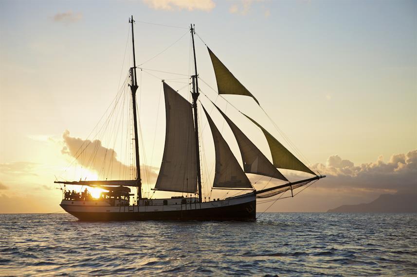 Seychelles - a liveaboard on a sail yacht