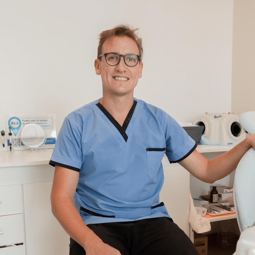 Facundo-Yedro-Odontologo-Quality