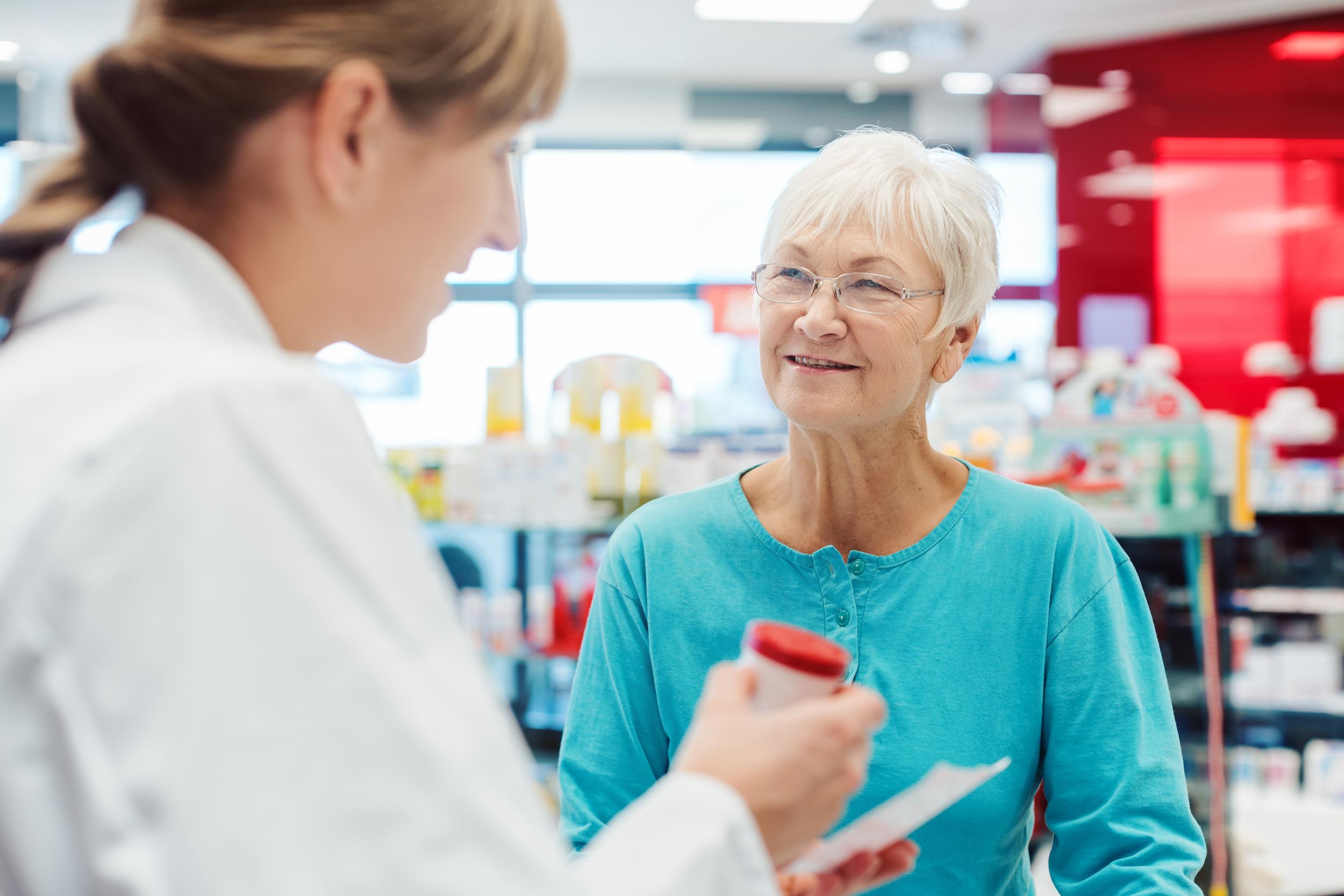 Apotheker en patiënt