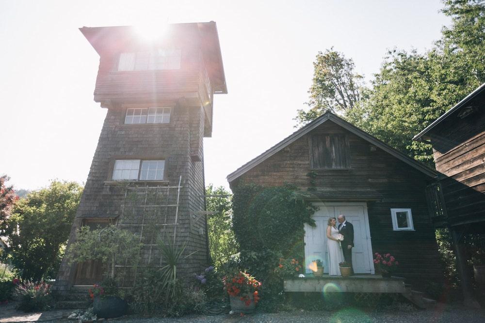 Wedding formal photo of couple at  at Starling lane wedding venue by Marlboro Wang Photo for Focal bookfocal.com