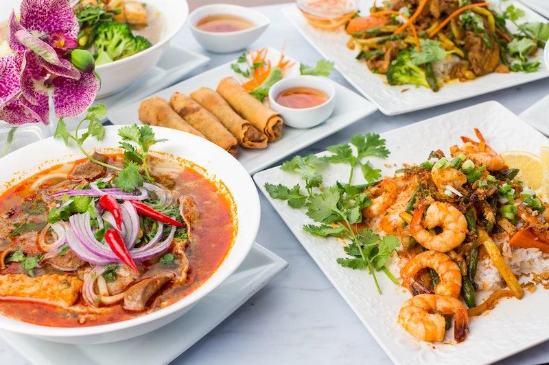 Vietnam House Victoria BC Restaurant food taken by Marlboro Wang Photo for Focal bookfocal.com