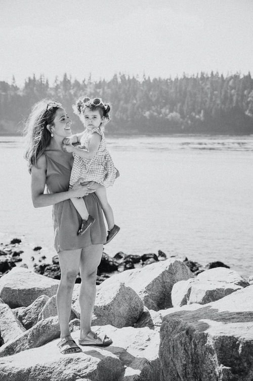 Lifestyle Family Session Photo by Fortune Hill Photography in Family Package, Vancouver, BC, Canada
