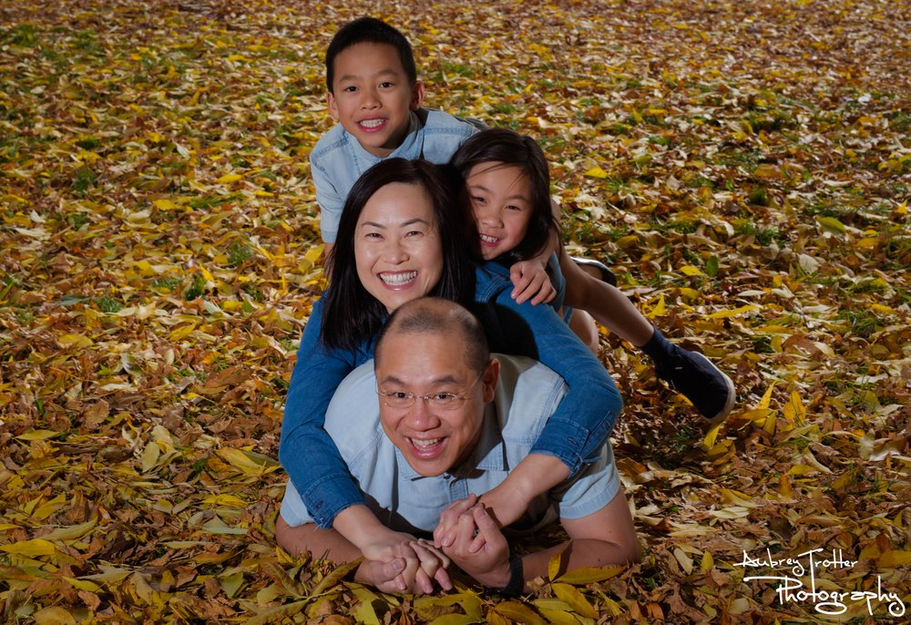 Family Portrait Photo by Aubrey Trotter Photography in Family Package, Vancouver, BC, Canada