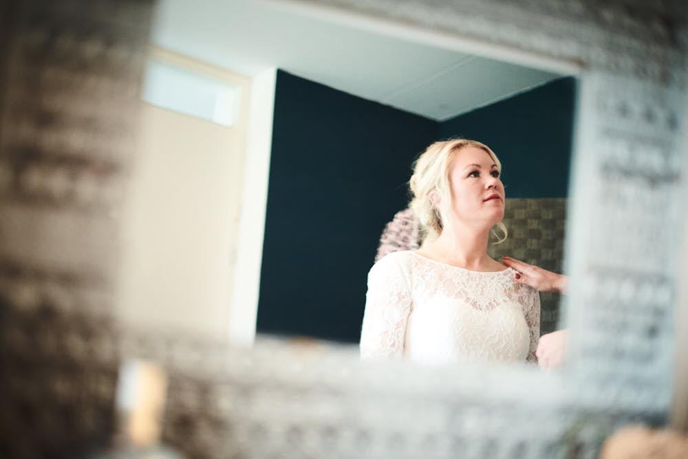 bruid op gemakt stellen