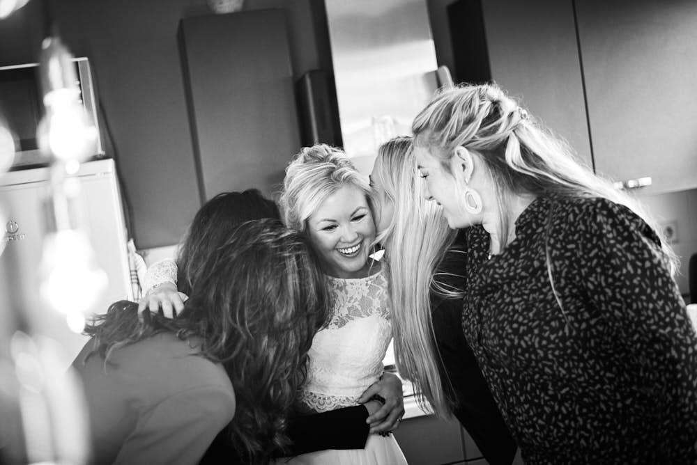 vriendinnen van de bruid