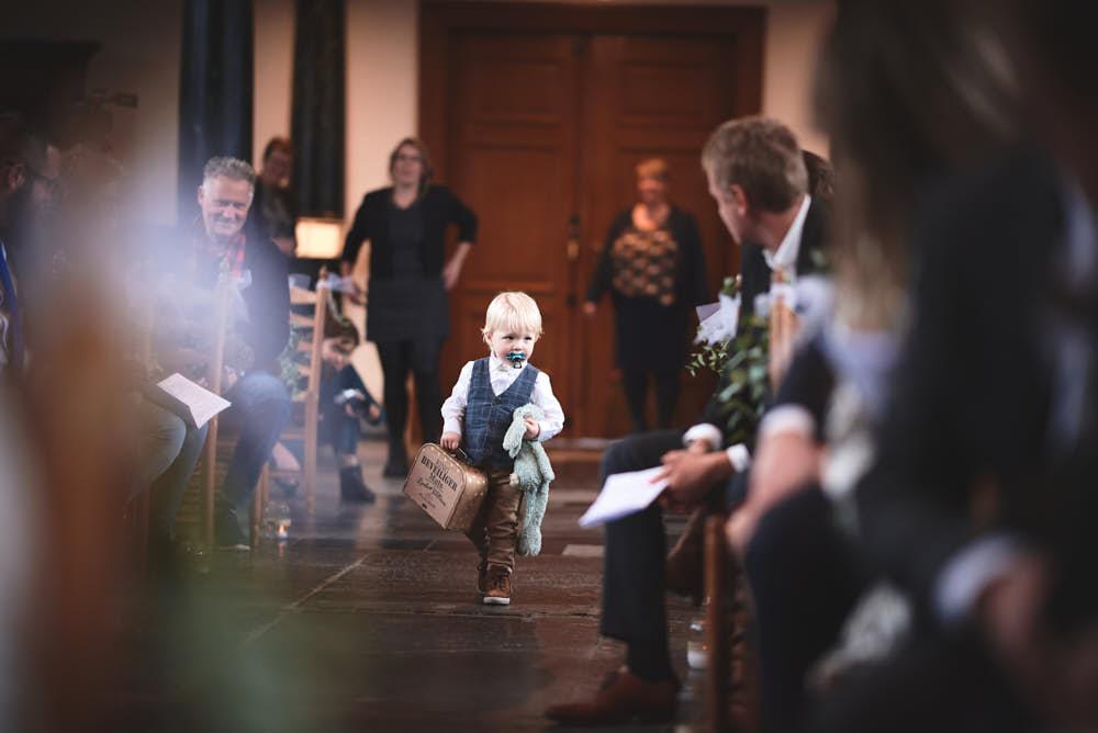 ringdrager bruidsceremonie