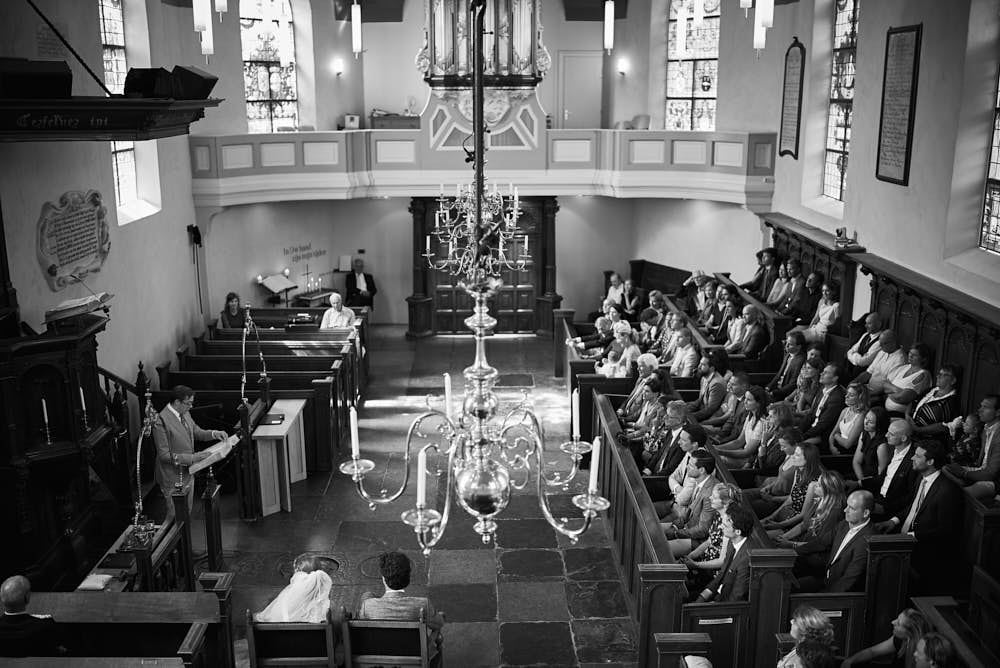 trouwceremonie in kerk