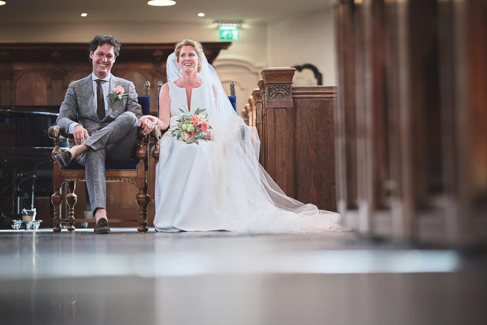 trouwdag in kerk