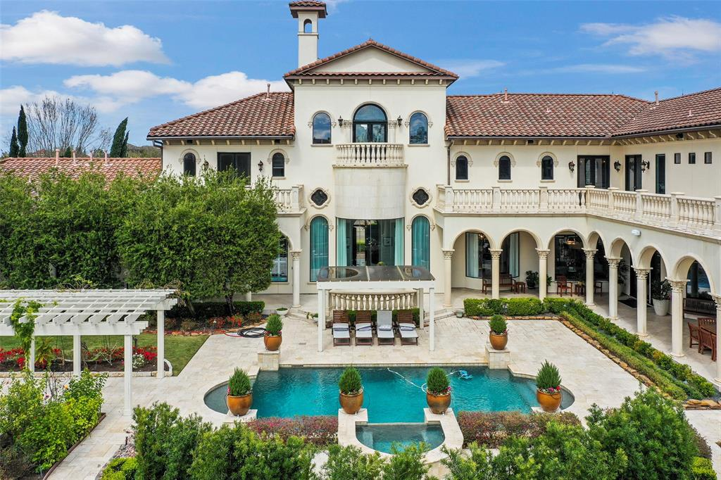 Luxury Home for Sale in Houston