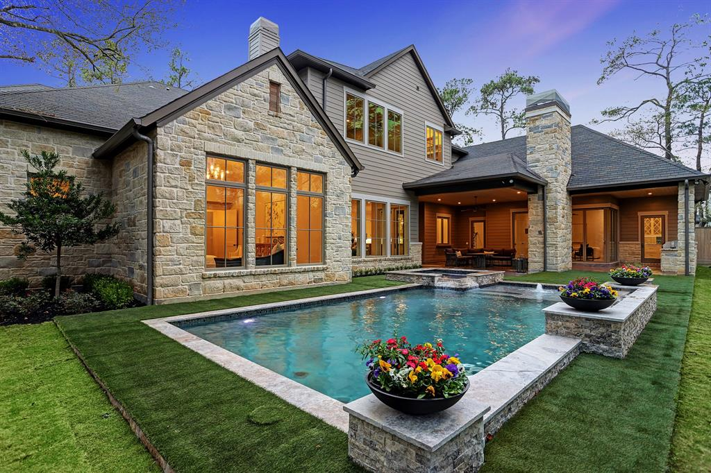 Luxury real estate agents, Luxury home real estate agents