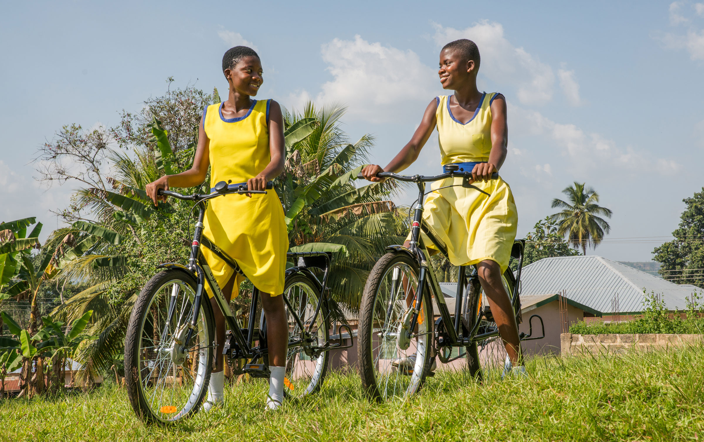 Created by The Hive in 2008, the Cadbury Bicycle Factory has been going strong for a full decade now. Over that time, Canadians have come together to help build and deliver over 30,000 specially designed bicycles to students in Ghana, the country where Cadbury sources much of it's cocoa. To celebrate the 10th Anniversary of this amazing program we worked with Grammy-nominated Ghanaian singer, Rocky Dawuni, to create a song and accompanying music video that would capture the joy that these bicycles bring to the students that receive them. And we shot the video in 360° so that viewers could look around and really immerse themselves in this special place.