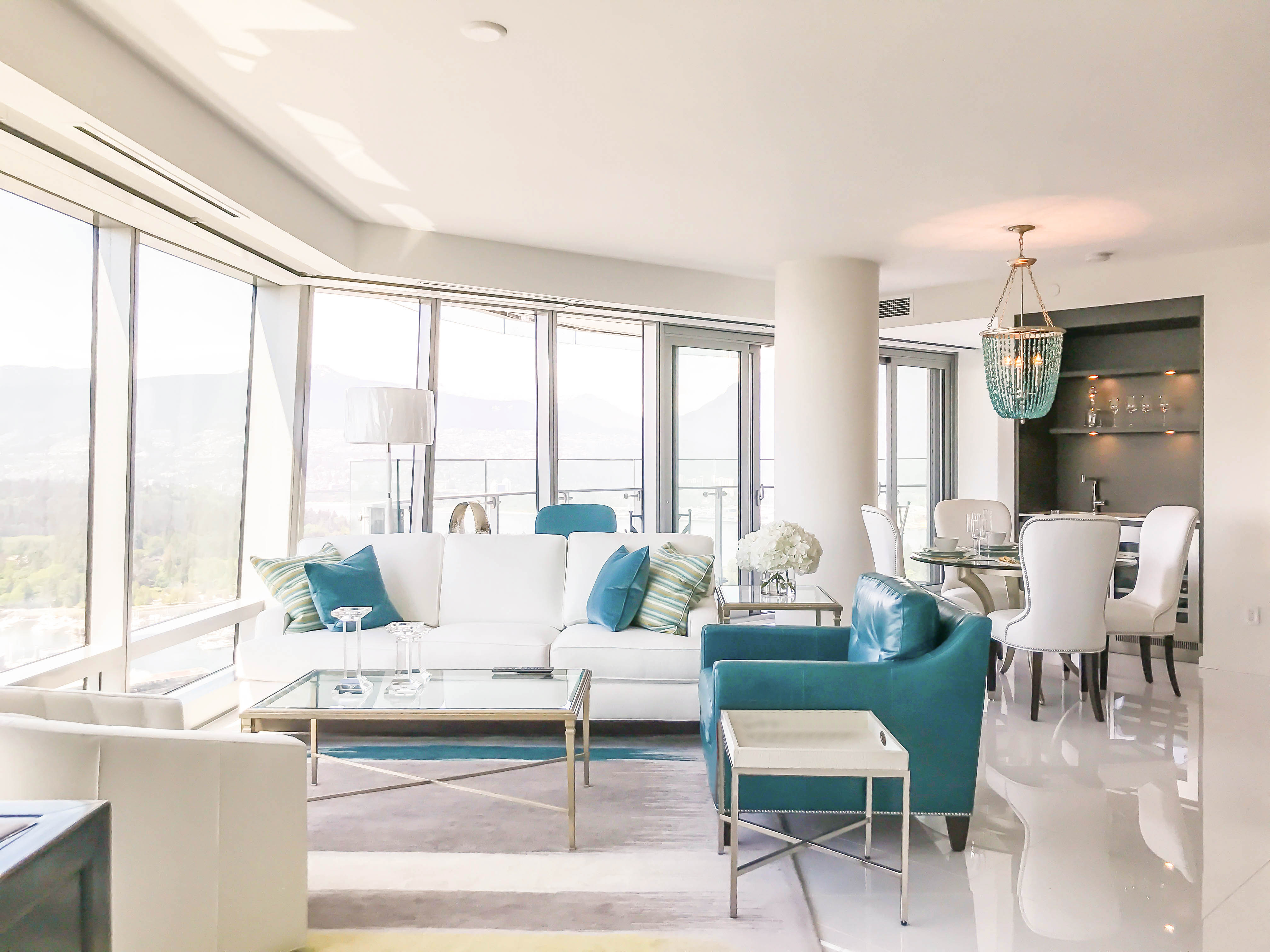 FULLY FURNISHED TWO BEDROOM PROPERTY IN THE LUXURIOUS TRUMP RESIDENCES VANCOUVER