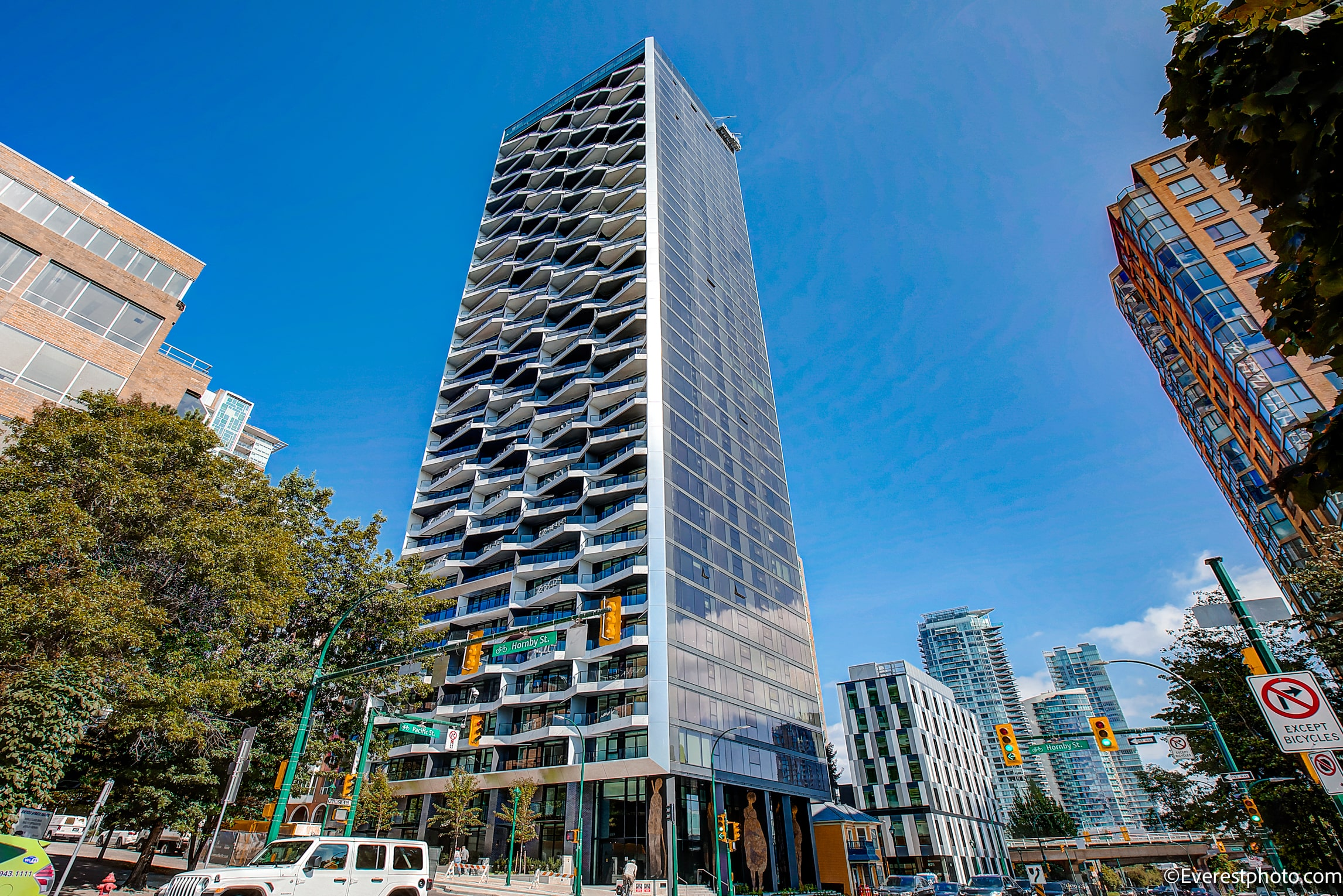UNFURNISHED TWO BEDROOM PROPERTY AT THE PACIFIC BY GROSVENOR VANCOUVER