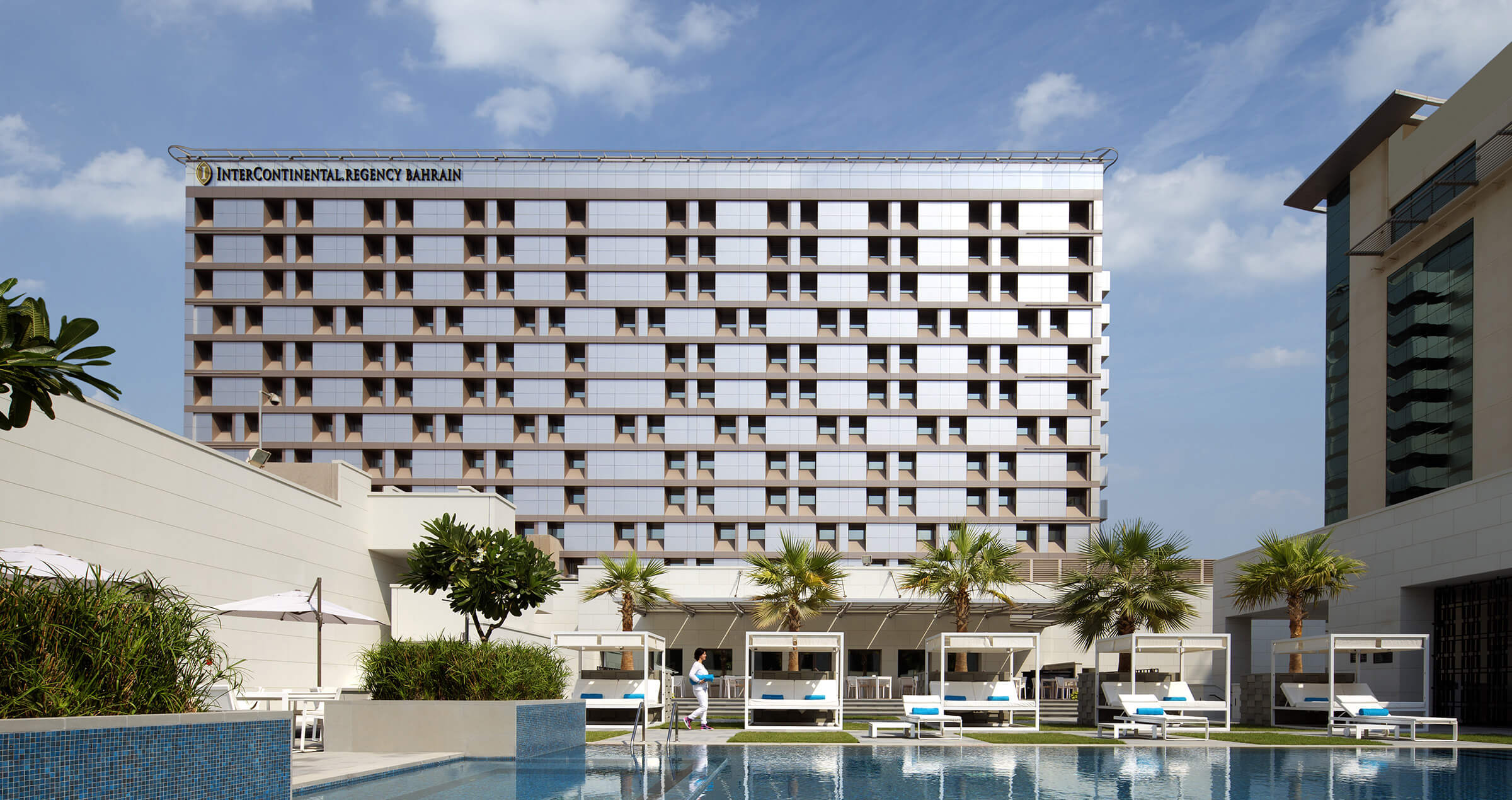 A modern and high-tech facade design by Reform Design Cyprus for the renovated of the InterContinental Hotel in Bahrain.