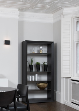 A renovated flat with major repair works to walls, ornamental plaster, trims and woodwork.