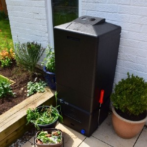 The HOTBIN Mini is like no other compost bin on the market, it will quickly chomp through all your food and garden waste turning it into rich, organic compost your garden will love.