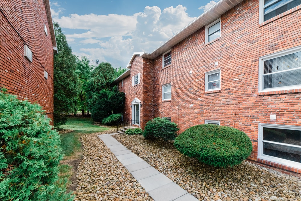 Brookside Greensburg Apartments one bedroom apartment near me apartments for rent near me