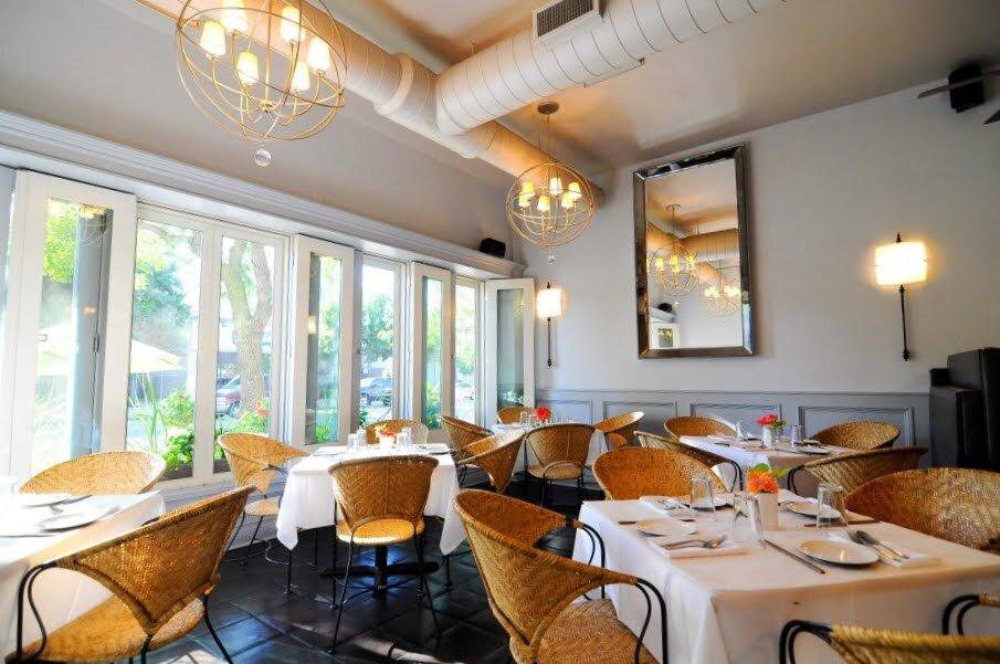 inside image of Pasteur restaurant