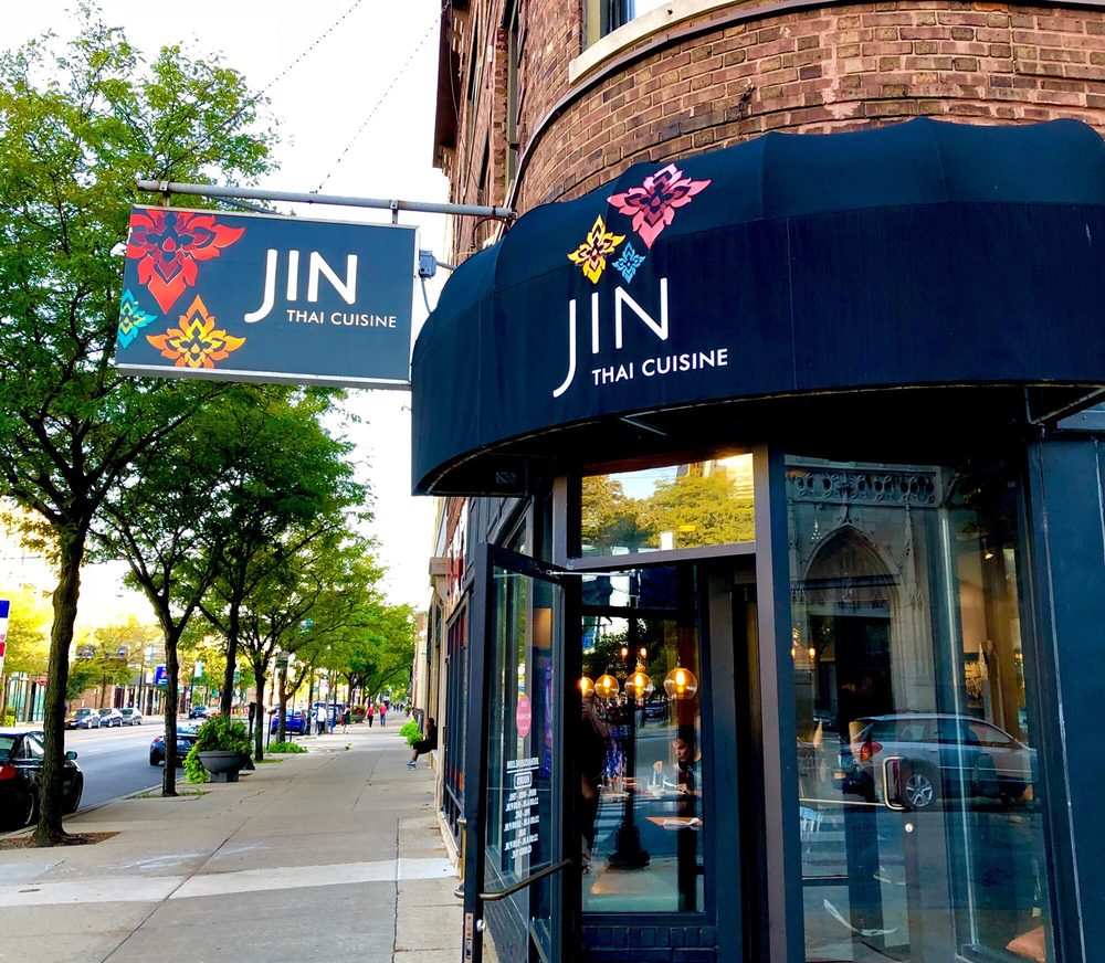 Exterior of Jin Thai on a sunny day.