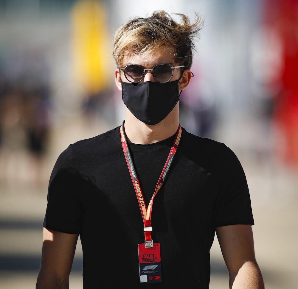 Una increíble actuación de Gasly en Silverstone le da la 7ª plaza en carrera