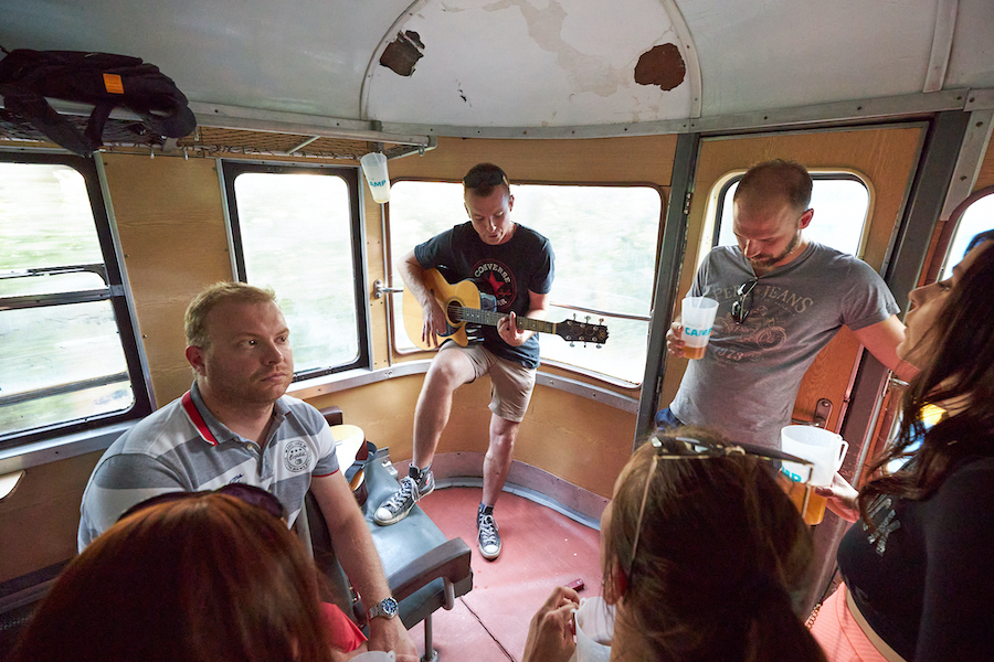 koncert ve vlaku vlakfest
