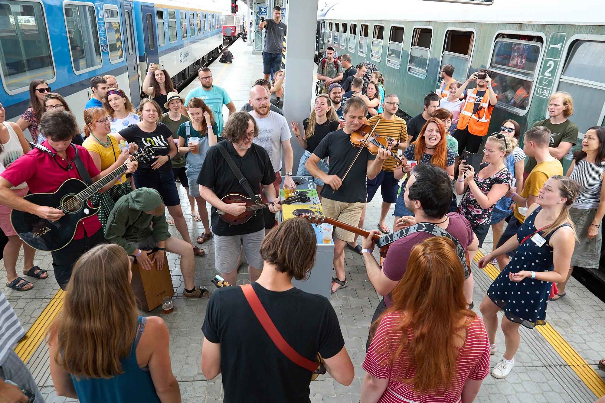 vlak do neznama vlakfest