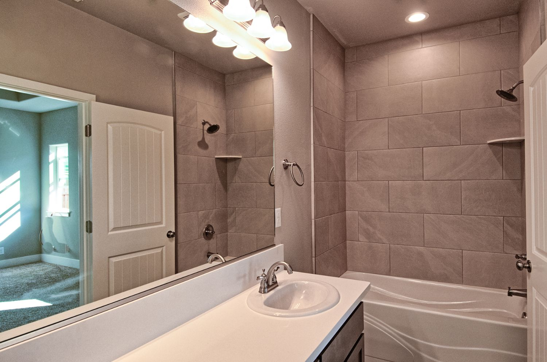 brand new homes in north chico butte county safe neighborhoods 1,600 sqft - 1,668 sqft | 3 Bedroom | 2 Bath | 2 Car Garage
