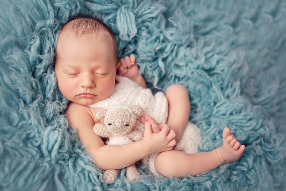 Newborn & Baby Sessions