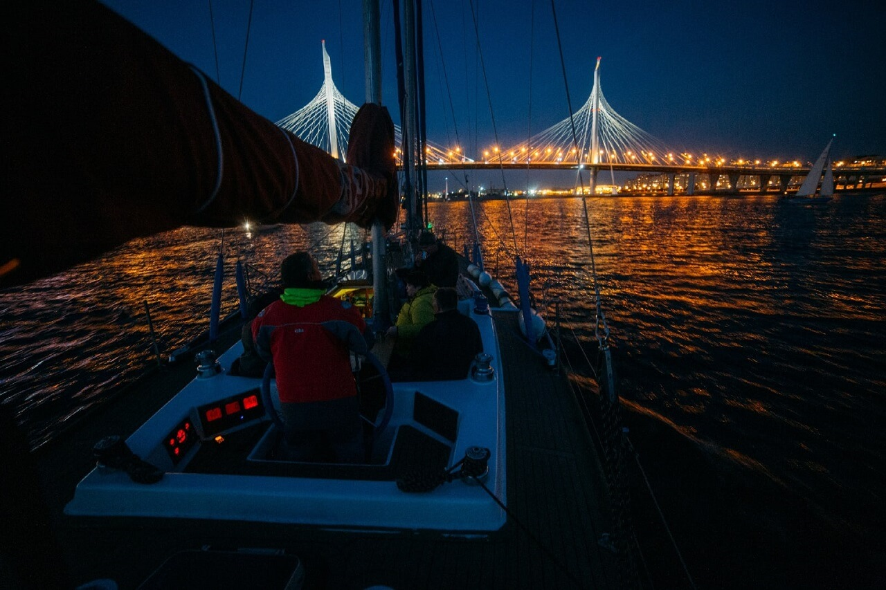 A boat in Saint Petersburg at night
