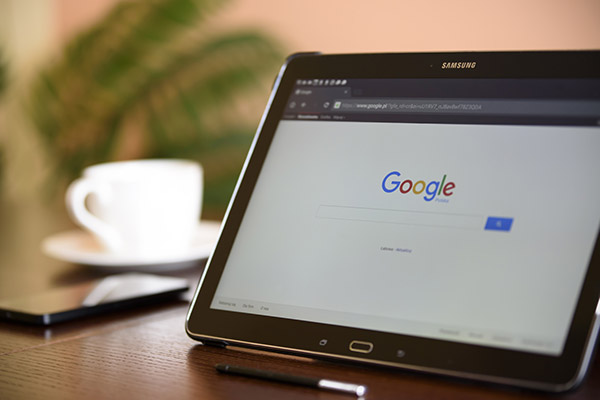 How will Google's latest algorithm changes relating to the 'nofollow' directive change the face of SEO and the internet?