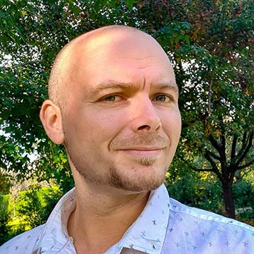 Free thinking co-founder of Crucial Web. Currently balancing systems engineering, music, information science and human evolution. Long term vegan, health coach & passionate evangelist of decentralisation.