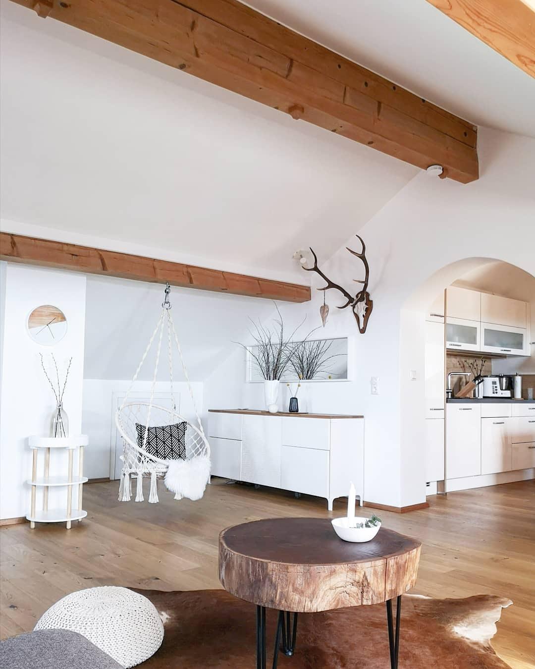 Evi baut auf einen skandinavischen Landhausstil.
