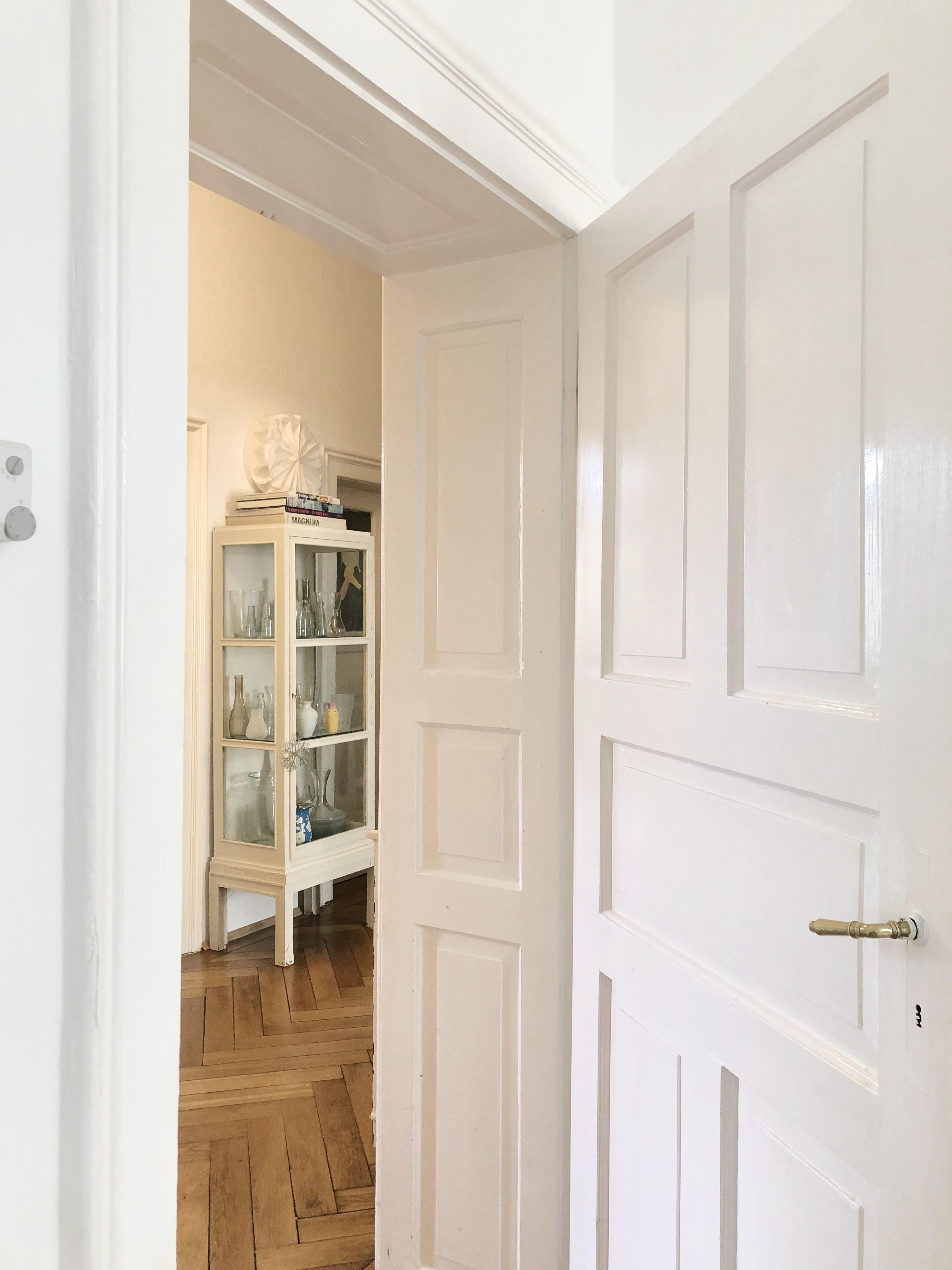 Wohnen, Naturholz, Weiß, Tür, Schrank