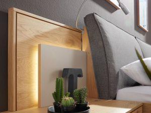 Schlafzimmer  - wenige dafür besondere Accessoires