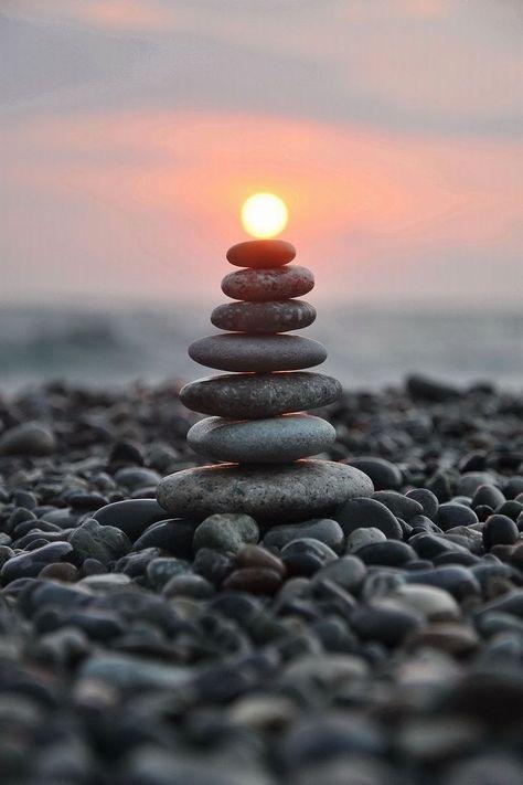 Steine gesapelt